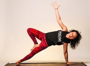 Yogalehrerin Irmgard bei uns im Yoga Studio in Stuttgart West.