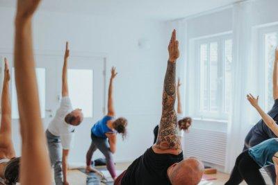 Vatertags-Yogaspecial mit Simone und Christiane im Yogastudio in Stuttgart-West