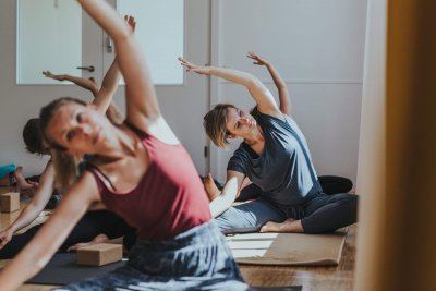 Yogaspecial an Fronleichnam: Gentle Flow mit unserem Yogalehrer Benny in Stuttgart West