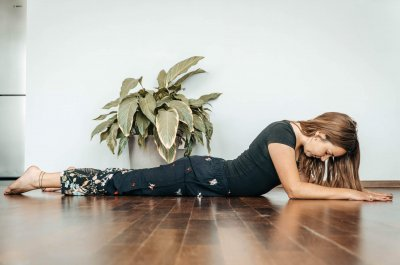 Yoga-Workshop: Holistic Cool Down mit unserer Yogalehrerin Louisa in Stuttgart West